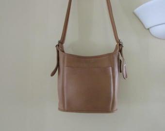 Vintage COACH  COC-9816 Tan Purse Shoulder Bag Handbag, Vintage COACH, Vintage Purse, Vintage Shoulder Bag, Vintage Leather Purse
