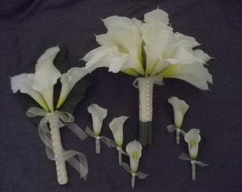6 piece Wedding Flower Set.  True Touch CALLA LILY. 1 Bridal Bouquet, 4 Calla Boutonnieres. 1 Bridesmaid Bouquet. Faux pearl accent.