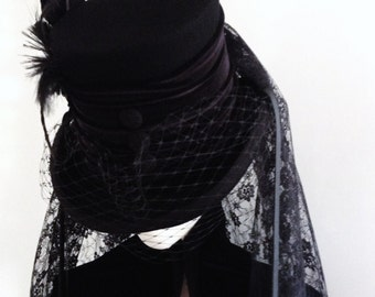 Gothic mourning Raven black lace top hat
