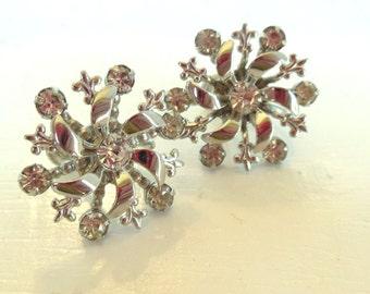 Vintage Rhinestone Earrings Snowflakes Stars Screw Backs 50s (item 169)