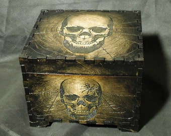 Lord Mock's Skull Keepsake Box (Medium Jewelry Box)