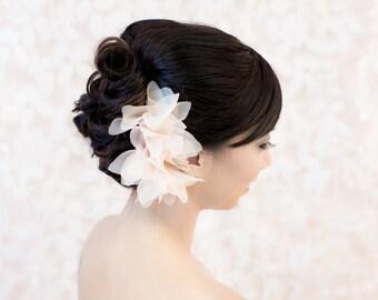 Flower Hair comb, Blush flower Wedding, Bridal, Flower, Headpiece, hair accessory