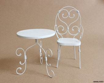 1/6 scale White Table and Chair / Handmade French bistro /Cafe set for dolls (Blythe, Barbie, Pullip, Obitsu, BJD,  Momoko).