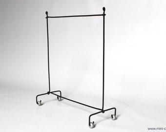 1/6 scale Garment rack / Cloth rack stand for dolls (Blythe, Barbie, Pullip, Obitsu, Momoko, 12'' Fashion dolls).