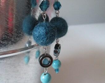 Boucles d'oreilles bleu-vert en acier inoxydable (hypoallergique) / Turquoise blue stainless steel earrings (Hypoallergic)