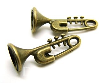 Antique Bronze Tone Trumpet The Musical Instrument Charms 9x24mm - 20Pcs - DC00147