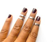 Above Knuckle Rings, 4 Adjustable Midi Rings, Stacking rings, Shiny silver rings, Edgysheeq statement rings