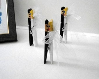 Clothespin Hand Painted Wedding Decoration, Bride and Groom Clothespin, Wedding Gift, Decorative Clothespins, Wooden Painted Pins, Set of 50