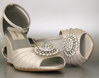 Items similar to Ivory Rhinestone Wedding Shoes, Ivory White ...