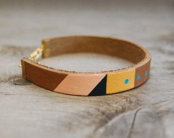 """Wide Leather Bracelet in Brown with Pink & Turquoise 