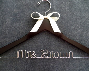 Wedding Dress Hanger with Bow - Satin Bow Bridal Hanger - Personalized Name Hanger - Bride Hanger - Bridesmaid Hanger - Wedding Shower Gift