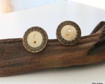 CLEARANCE Clip On Earrings, Cream Button Earrings, Gold Clip Earrings, Button Earrings, Antique Brass Earrings, Vintage Button Earrings