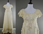 RESERVED Vintage 70s Wedding Dress / 1970s Ivory Velvet Crochet Lace Roses Empire Waist Wedding Dress XS