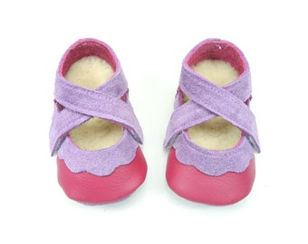 Handmade soft sole leather baby shoes.  Raspberry pink and mauve toddler and children's shoes. Crib shoes