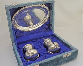 Silver-Plated (EPNS) Salt and Pepper Shakers with Tray and Case, UK Seller