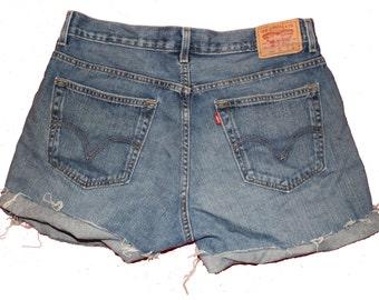 Vintage Levi Denim Shorts -36 W -  Distressed - Frayed- - Straight Leg - Loose Fit