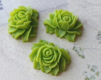 25 x 20 mm Grass Green Resin Flower Cabochons (.ng) (zzb)