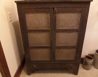 antique furniture primitive ohio pie safe food safe cabinet kitchen farmhouse country cabin. Black Bedroom Furniture Sets. Home Design Ideas