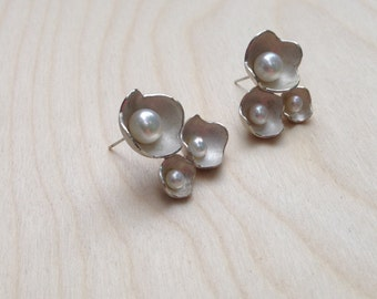 3 Pod Cluster Earrings