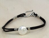 Pearl Coin and Leather Bracelet, Bridesmaid Gift, Modern Fashion Bracelet