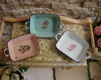 Dollhouse Miniature Shabby Chic Vintage Farmhouse Style Roasting Baking Pan with Pretty Roses Motif