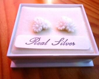 Sterling Silver Stud Post Earrings with White Trio of Daisy Flowers by JulieDeeleyJewellery on Etsy