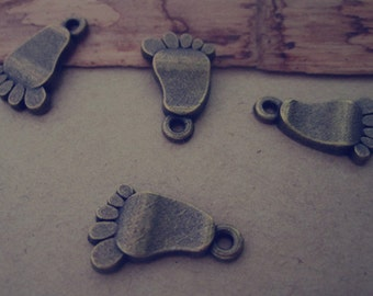 32pcs of antique bronze feet pendant charm 11mmx18mm