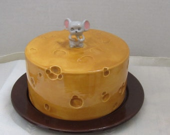 Retro Covered Cheese Dish With Mouse on Top 1960's
