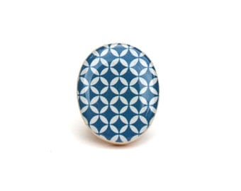 Cocktail Ring navy geometric . Resin Navy blue recycled wood statement ring .  Wood jewelry  . Fall fashion . Eco friendly . Starlight woods