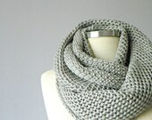 SALE!! Knit scarf, infinity scarf, Cowl scarf, winter accessories, unisex, circle scarf, chunky scarves, circle scarf