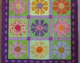 Flower Power wall quilt