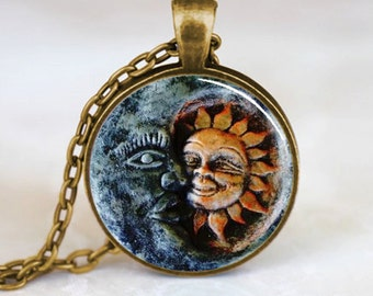Sun and Moon Pendant, Sun and Moon Necklace, Sun and Moon jewelry, Sun and Moon Charm, Bronze (PD0150)