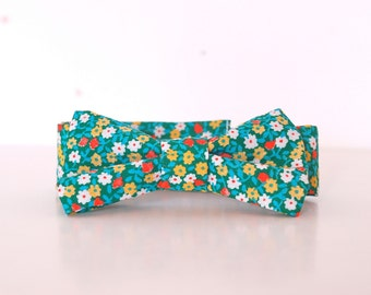Boys Bow Tie - Vintage Green Floral