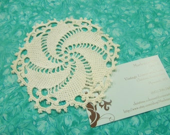 Vintage 5 inch Ivory Hand Crochet doily for housewares, home decor, pillows, crafts, shabby chic, bags by MarlenesAttic