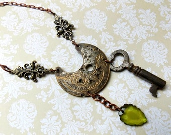 Steampunk Jewelry, Steampunk Necklace with Real Clock Part, filigree & skeleton key, Victorian Jewelry, Watch Necklace , Real Watch Plate