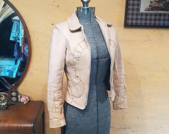 Amazing 70s Leather Butter Cream Pieced Tiny Fit Jacket XS