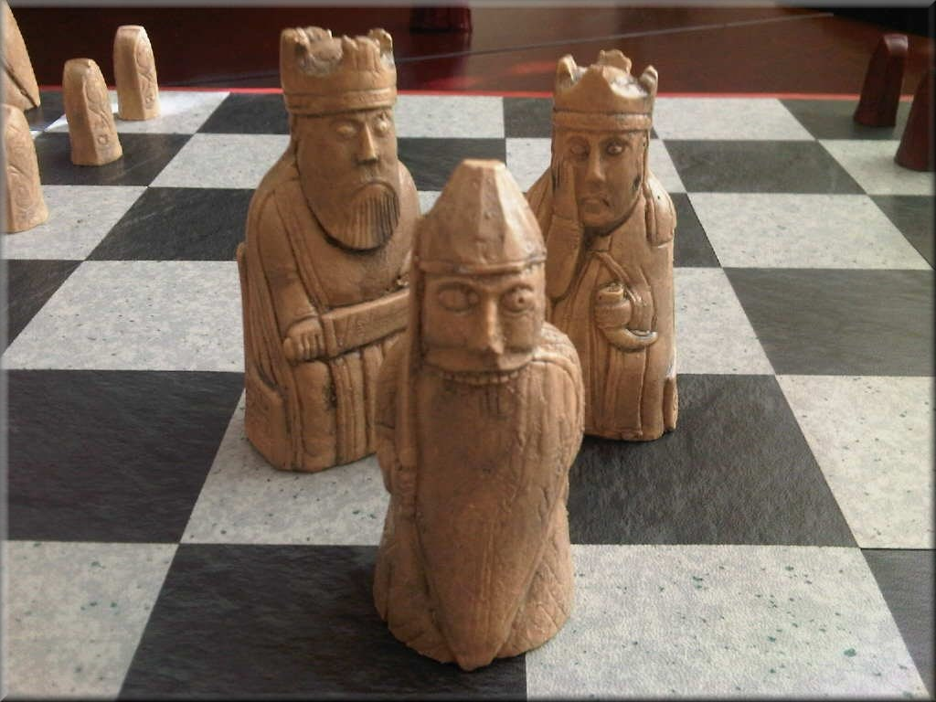 Isle of lewis chess set with rare toothy berserker antique - Lewis chessmen set ...