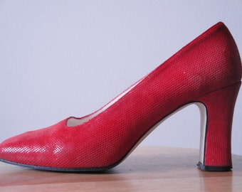 Vintage Lord & Taylor Red Leather High Heels Size 6-1/2
