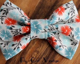 Fabric Hair bow clip, hair bows, fabric hair clip, retro, Flower print fabric, blue bow, Rockabilly, Women Teens Girls baby Pin Up Country