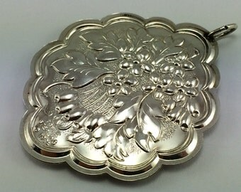 1984 Towle Floral Medallion Hawthorne Sterling Ornament - 925
