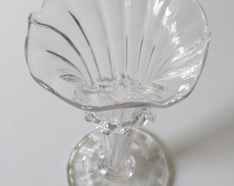 Elegant&Frilly! Hand Blown, Gorgeous, Ruffled, Clear Glass Vase, c.1875, Perfect Victorian!