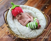 STRAWBERRY BABY SET - hat and leg warmers - photo prop  - acrylic - Made To Order
