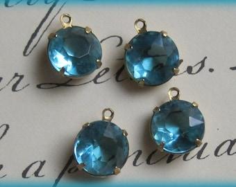 Brass 15MM Setting with 1R Vintage Aquamarine Blue  Crystal  Rhinestone