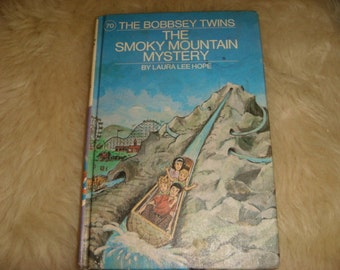 1977 The Bobbsey Twins The Smoky Mountain Mystery  Laura Lee Hope Child's Literature Vintage Books