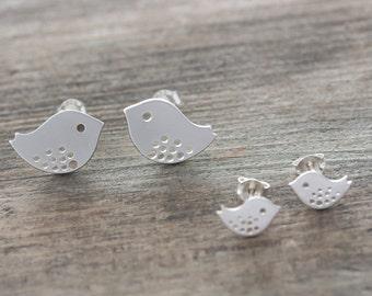 Bird  Earrings . Mother Daughter earrings, Big bird SOLD OUT. Tiny Stud Earrings . Sterling Silver post Earrings and Backs, Earring jewelry,