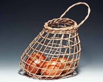 Walnut Onion Basket