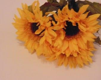3 yellow mum flowers (BR1)