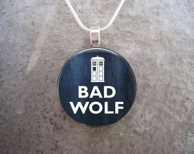 Doctor Who Jewelry - Glass Pendant Necklace - BAD WOLF