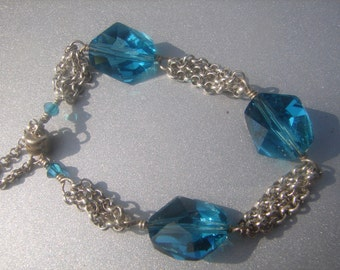 Sterling Bracelet w/ Turquoise Glass Beads 401.