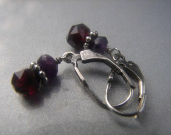 Garnet Amethyst Sterling Earrings 688.